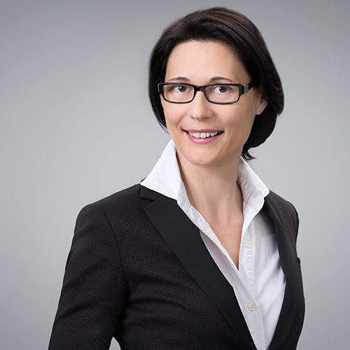 https://www.frequentis.com/karriere/hrprofils/images/Heidemarie_S.JPG profile picture.