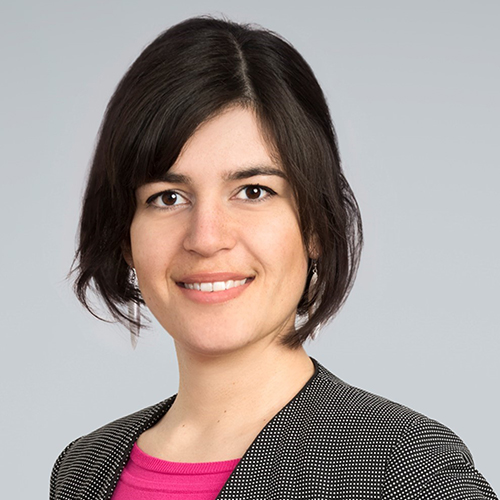 https://www.frequentis.com/karriere/hrprofils/images/Janina_D.JPG profile picture.